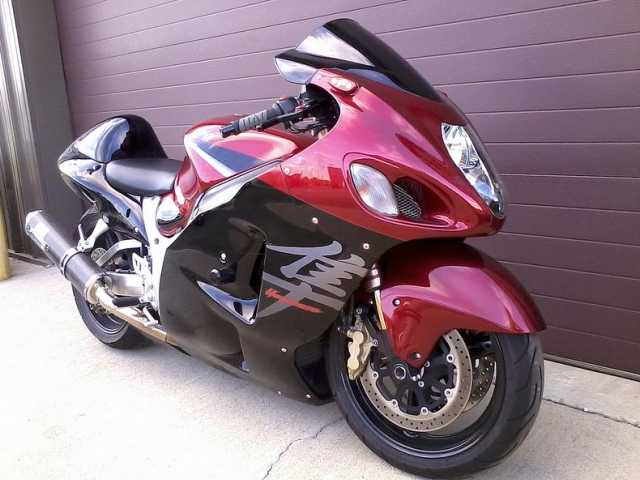 Suzuki Hayabusa Beautiful Motorcycle for Rent